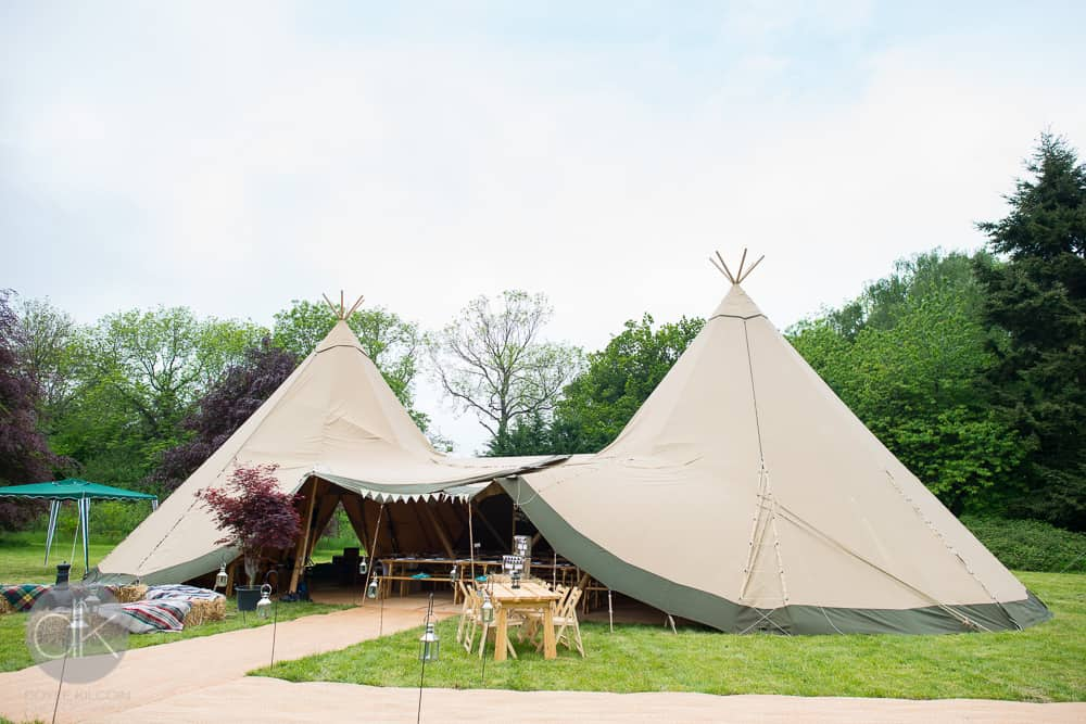 Sami Tipi 2 Giant Hat tipi wedding - DK Photography8