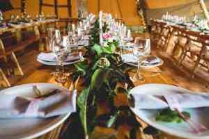 Hannah Hall Photography -Sami-Tipi- Styling a tipi wedding