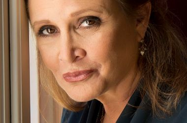 """Reporter claims, """"If Carrie Fisher doesn't like being judged on looks, she should quit acting."""""""