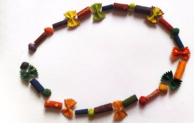 macaroninecklace
