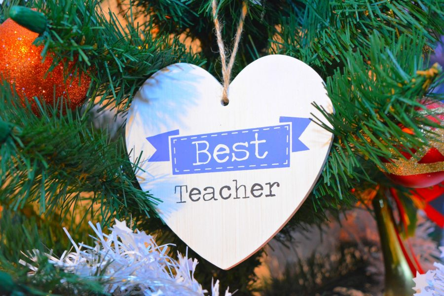 Dear teachers, I know you are weary and feel unappreciated. But please know I see how hard you work and how much you love your students. And I am grateful.