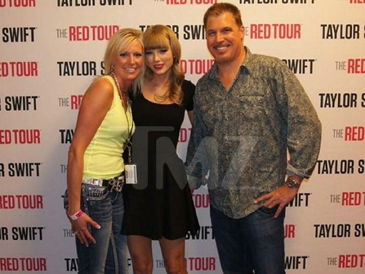 Taylor Swift Wins Groping Lawsuit Against Former Radio DJ
