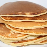 Woman Shamed As 'Bad Mom' For Not Putting Smiley Face on Child's Pancake