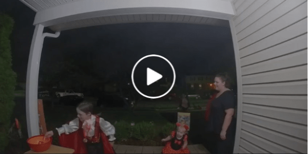 Trick-or-Treater's Selfless Act Caught on Camera in Now Viral Post
