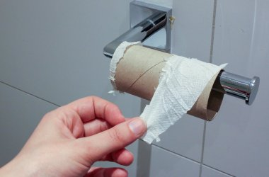 As we started to run low, I started testing alternatives to toilet paper knowing that the end of our stash was coming soon.