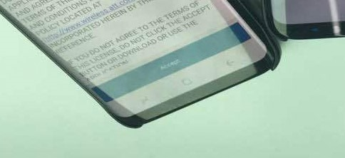 Galaxy S8 on-screen buttons in reverse 2