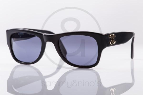 vintage-sunglasses-chanel-02462-black-gold1