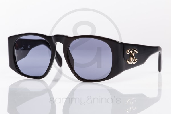 vintage-chanel-sunglasses-01451-black-matte-1