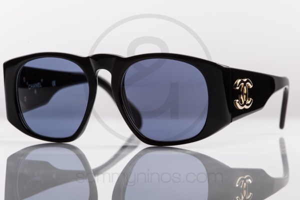 vintage-chanel-sunglasses-01451-gold-black-1