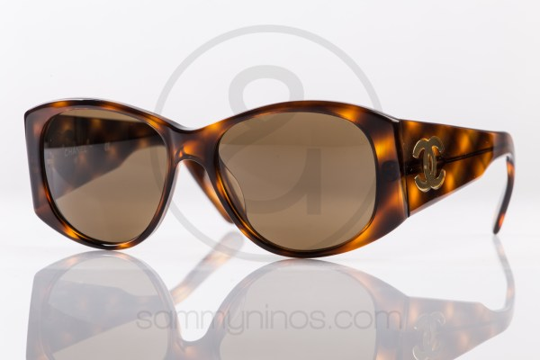 vintage-chanel-sunglasses-05246-1