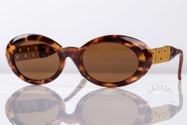 gianni-versace-sunglasses-vintage-527t-90s-1