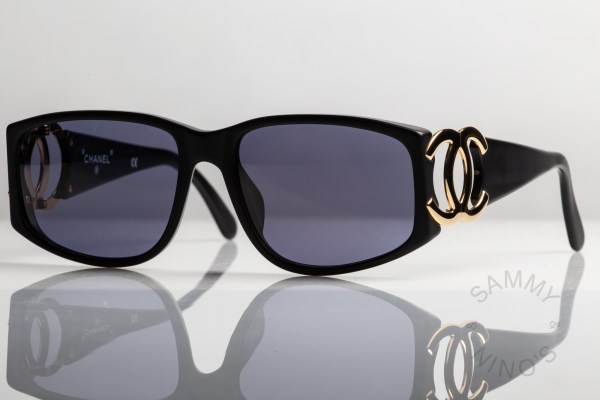 chanel-sunglasses-vintage-02461-90s-matte-1