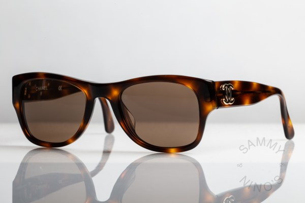 chanel-sunglasses-vintage-02462-90s-1