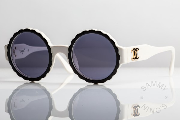chanel-sunglasses-vintage-03524-runway-1993-cookie-oreo-1
