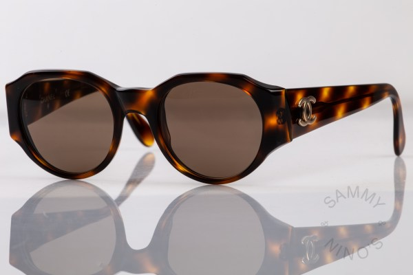 chanel-sunglasses-vintage-04151-90s-1