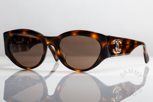 chanel-sunglasses-vintage-04152-90s-2
