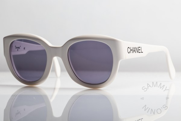 chanel-sunglasses-vintage-05247-90s-1