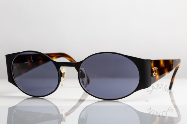 chanel-sunglasses-vintage-05972-90s-1