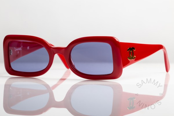 chanel-sunglasses-vintage-05977-90s-red-1