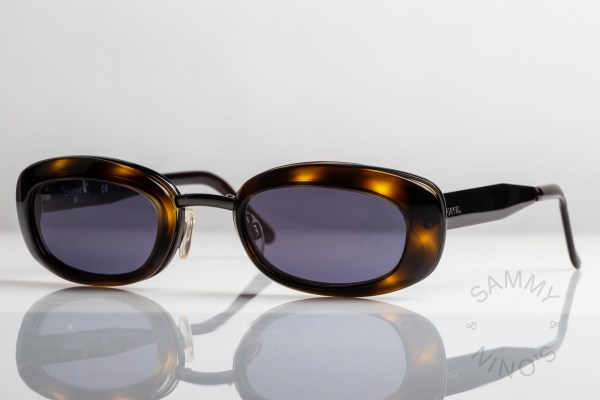 chanel-sunglasses-vintage-09609-90s-1