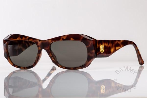vintage-versace-sunglasses-375-90s-1