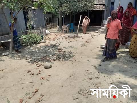 FB IMG 1619786446065 শাহজাদপুরে দু'পক্ষের সংঘর্ষে মহিলাসহ আহত ১০