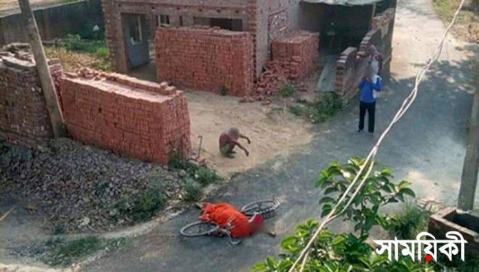 kii কোভিড ১৯: স্ত্রীর মৃতদেহ সাইকেলে করে শ্মশানে নিয়ে গেলেন ৭০ বছরের বৃদ্ধ