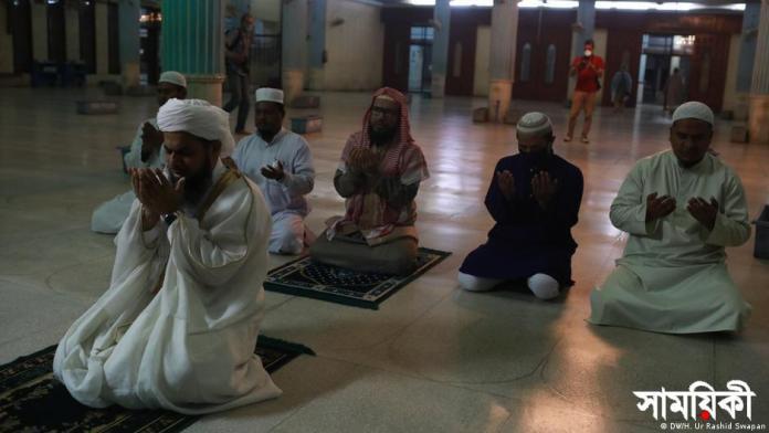 tarabi jamat dw ইসলামে তারাবীহ নামাজের গুরুত্ব: করোনাকালে করণীয়