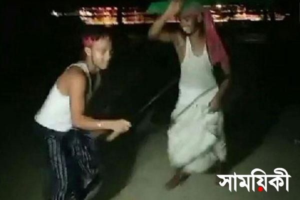 142129 bangladesh pratidin Dance2 চৌদ্দগ্রামে যুবককে কোপানোর পর রামদা হাতে নাচ!