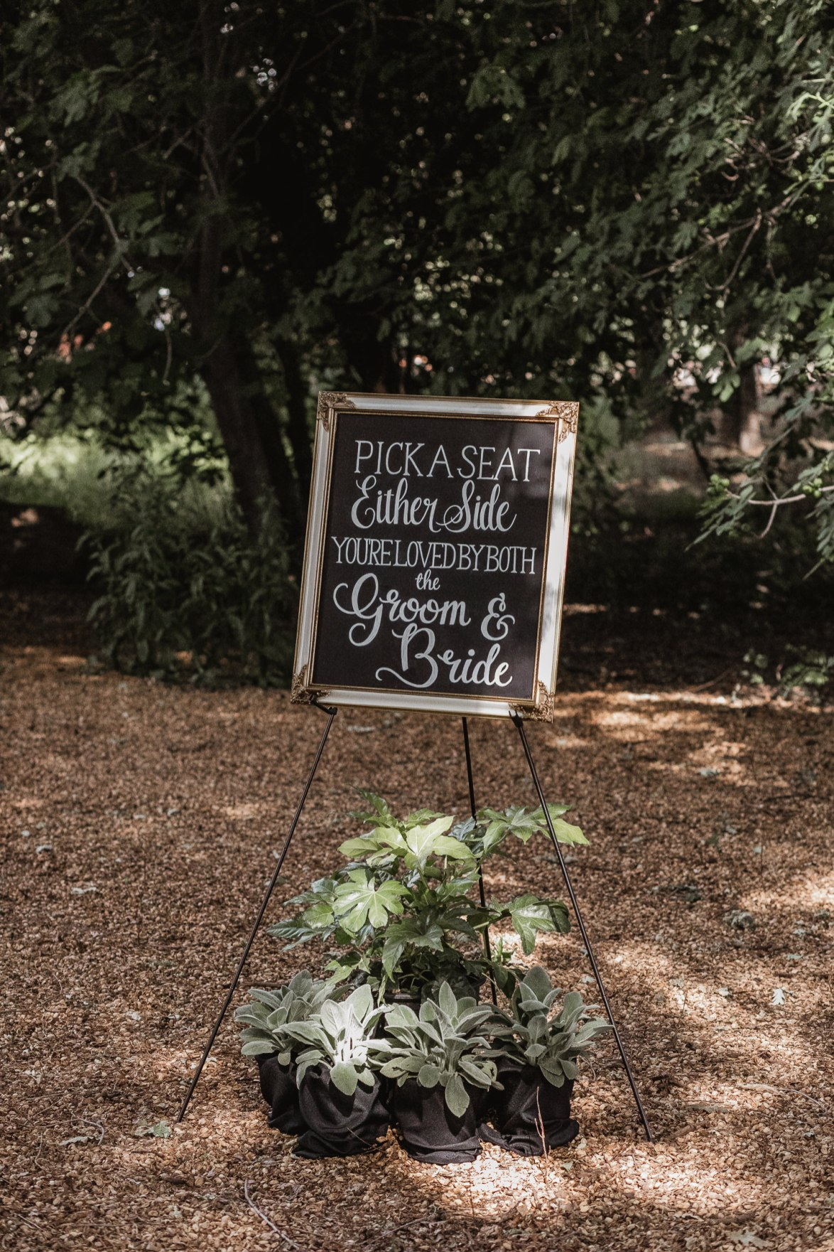 Gorgeous outdoor horse ranch wedding details.
