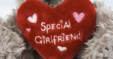 15 Ways То Маkе Yоur Girlfriend Feel Special