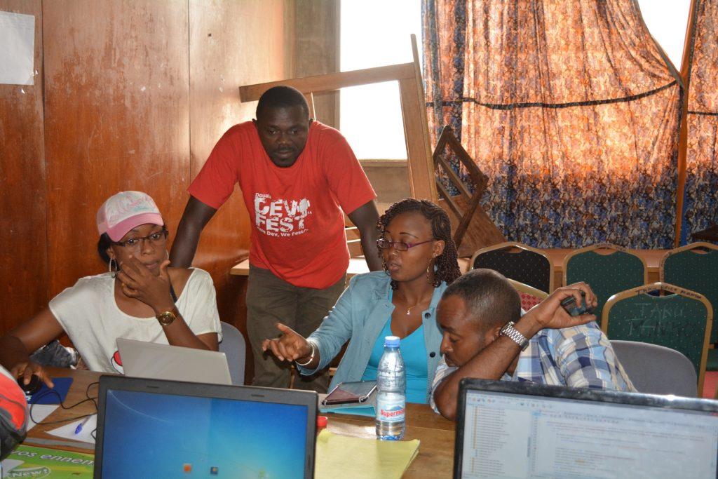 Le hackathon spécial médias de Yaoundé animé par Samsa.fr en novembre 2015. (Photo: Edouard Tamba)