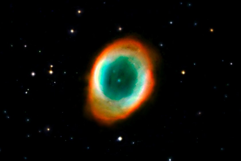 Ring Nebula M57 (NGC 6720) cropped