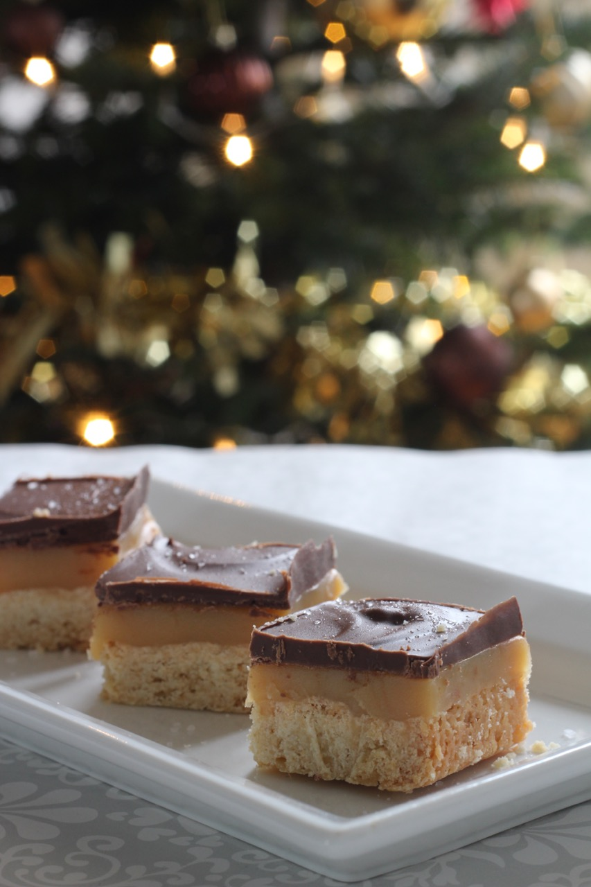 salted-caramel-shortbread