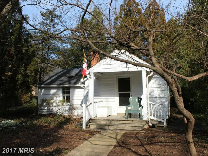 Charming  1 br. cottage in Bethesda