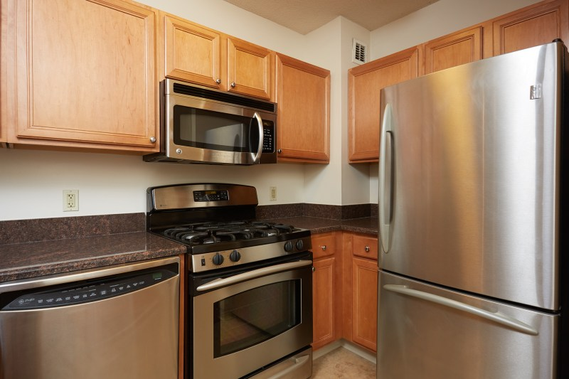 Downtown Bethesda Condo.  Great Location for USUHS, NIH, Walter Reed.  Available Now.