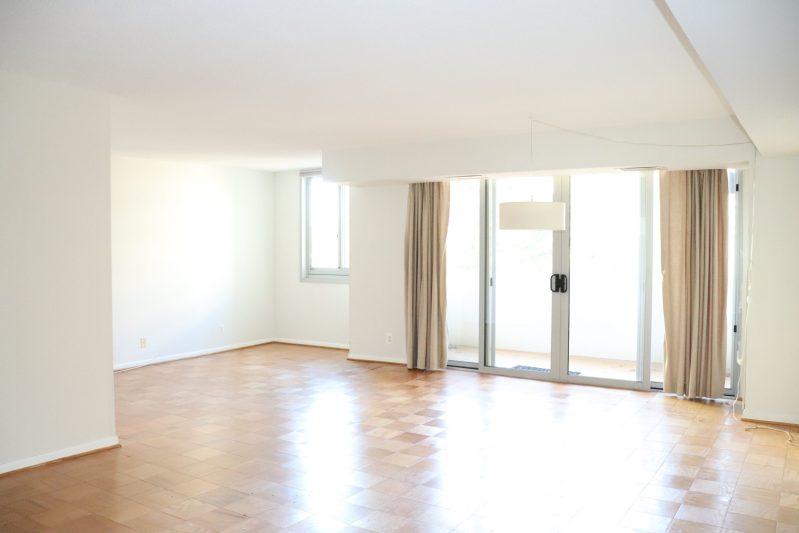 2 Bedroom/ 2 Bath apartment in luxury secure building