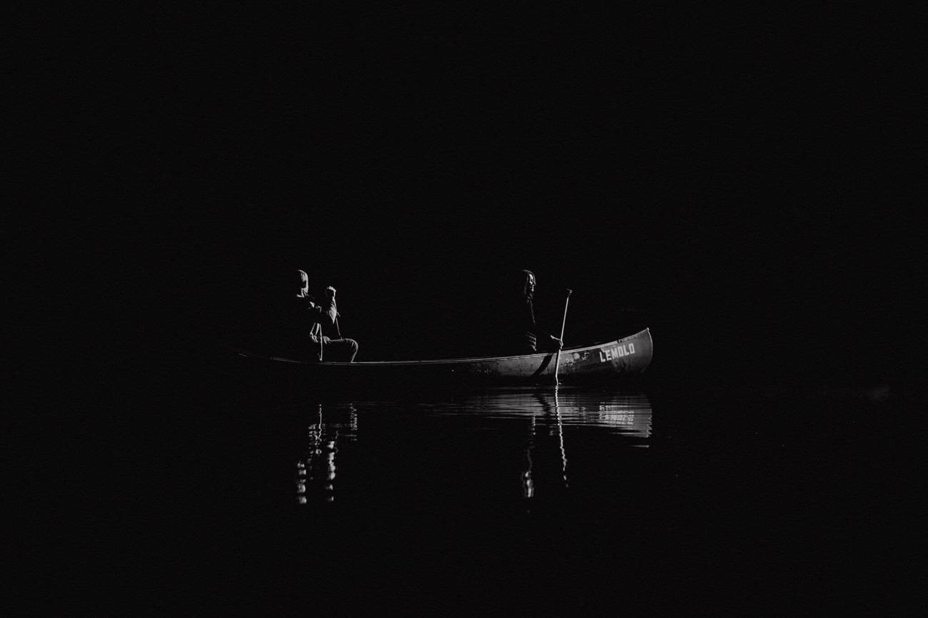 Canoe-Lake-Adventure-Engagement-Session-Oregon-Lemolo-S-Photography_0015.jpg