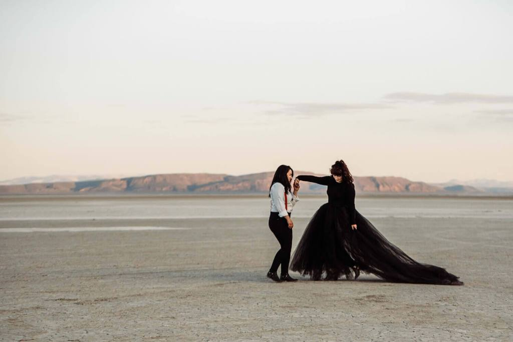Alvord Desert, Adventure elopement photographer, black wedding dress, oregon, pacific northwest, desert wedding