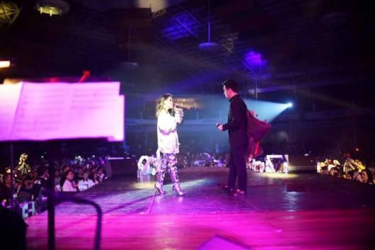 Vivo Philippines KZ Tandingan and TJ Monterde