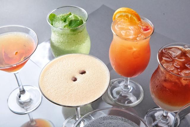 Akrotiri Modern Eurasian Cuisine Cocktails