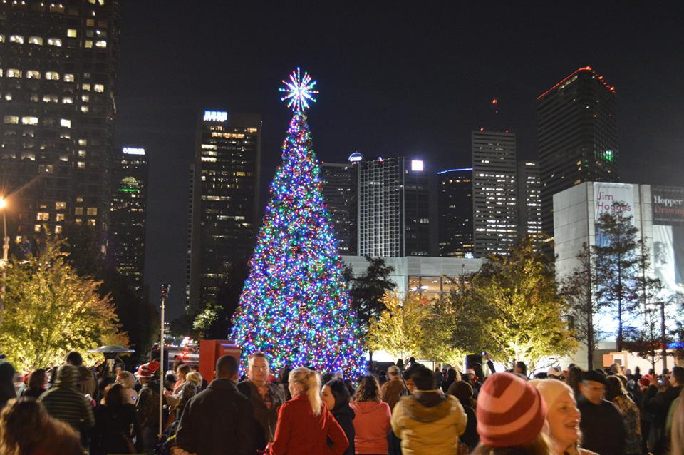 Annual Tree Lighting Festival Pacific Tradewinds Hostel & sf christmas tree lighting | Decoratingspecial.com azcodes.com