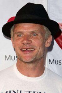Michael Peter Balzary yani namı değer Flea.