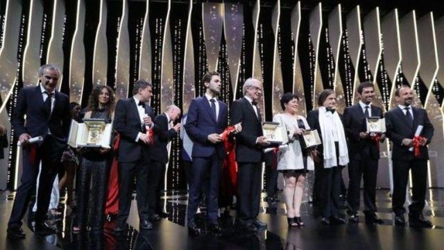 "Cannes'da En İyi Senaryo Farhadi'nin ""Forushande""sine."