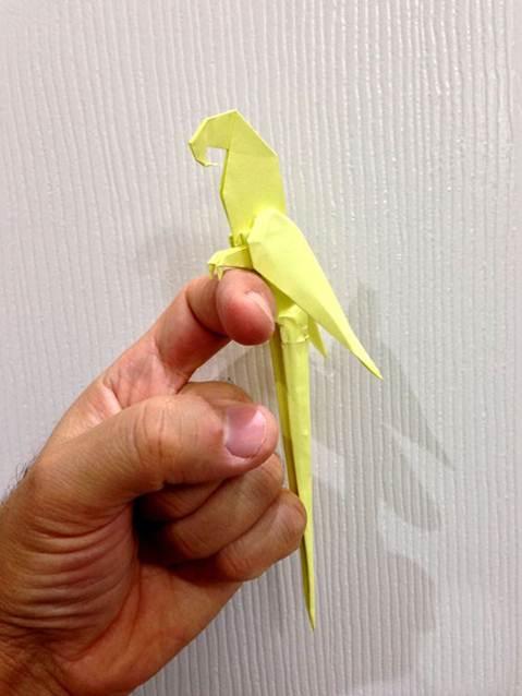 Origami sanatı, her beğeni ve yaş grubuna hitap etmesi bakımından son derece zevkli ve eğlenceli bir sanat dalı olarak karşımıza çıkıyor.