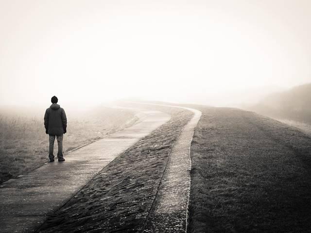 Yalnızlık - Şiir
