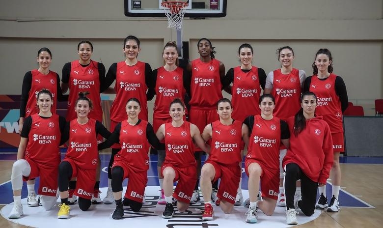 PUMA'dan Kadın Milli Basketbol Takımı'na forma desteği