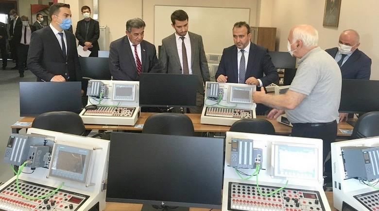 Trakya'nın ilk Dijital Dönüşüm Laboratuvarı ÇOSB'de açıldı