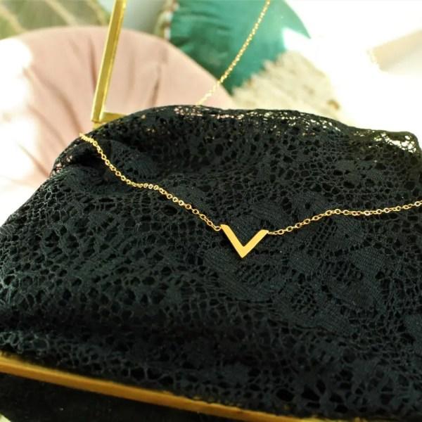 Bijoux VENUS mode acier chirurgical inoxydable sanbaya.fr