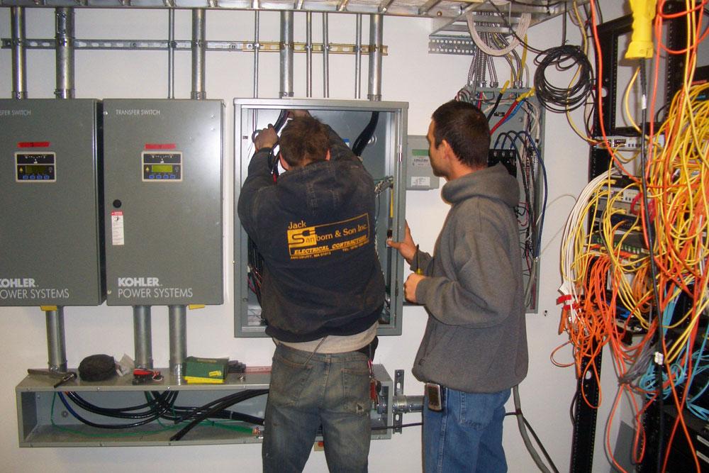 Backup Redundancy Generator System - Aries Corporation North Andover